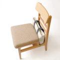 飲食店用に開発された機能的な椅子【株式会社LABOT】